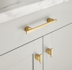 Colliers pull (lacquered burnished brass) - Restoration Hardware