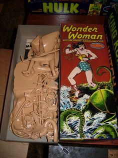 Wonder Woman Model Kit (Aurora, 1966)