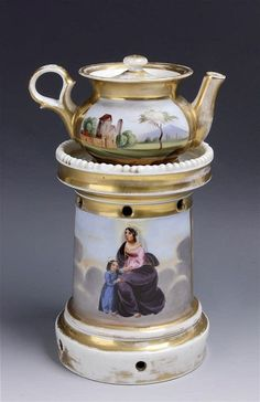 19th CENTURY TEAPOT WITH SAMOVAR IN OLD PARIS PORCELAIN