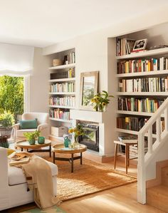 Same living room, different view. Built-in bookcases. House of Turquoise. Living Room Shelves, Home Living Room, Living Room Decor, Living Spaces, Living Room Turquoise, House Of Turquoise, Sweet Home, Home Interior, Interior Design
