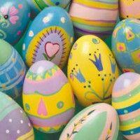 uova decorate pastello