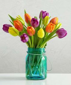 this jar for tulips --Quick tips for making flowers last longer. 800 Flowers, Tulips Flowers, Fresh Flowers, Beautiful Flowers, Tulips In Vase, Spring Flowers, Flowers Last Longer, Bouquets, Real Simple