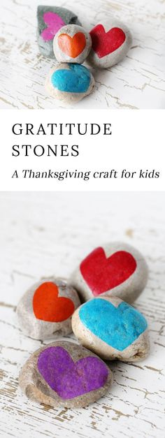 Gratitude Stones! A fabulous Thanksgiving craft for kids to explore the concept of thankfulness and gratiude!  #gratitude #thanksgivingcrafts