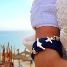 Beachday with my anchor in the sun ⚓️A true Ocean Story® begins in the water #bracelet #OceanStoryJewelry #anchorbracelet #yachtaccessorize #handmade #finejewelry #ankerarmband #harbor #maritim #beachfashion #oceanlove #exclusive #sylt #samnaun #hamburg #münchen #berlin #bremen #düsseldorf #kitzbuehel #oldenburg #bochum #Köln #berlin #luxurydesign #fashion #sailaway #exklusiv #boot2016