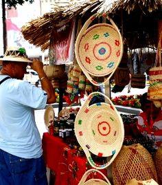 Artesanía autóctona de la etnia warao, Venezuela