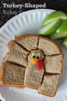 Turkey shaped sandwich for kids - too fun!!