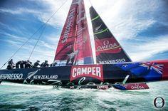 Camper y el Team New Zealand en la Copa América ¿y en la Volvo Ocean Race?  Sólo faltan ocho meses para que se dé el pistoletazo de salida para la Volvo Ocean Race y sólo cuatro equipos han confirmado su presencia en la salida que tendrá lugar en el puerto de Alicante.  http://www.inmonova.com/blog/camper-y-el-team-new-zealand-en-la-copa-america-y-en-la-volvo-ocean-race/