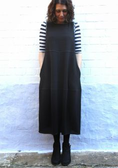 Winter Eva Tunic Dress in Nero Kurepu