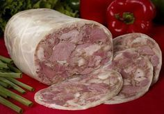 Charcuterie, Romania Food, Beef Fillet, Smoking Meat, Desert Recipes, Diy Food, Food And Drink, Appetizers, Cooking Recipes