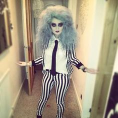 Beetlejuice is and stays a classic Halloween Look! Doing this for Halloween this year Best 80s Costumes, 80s Halloween Costumes, Halloween 2015, Halloween Cosplay, Cosplay Costumes, Halloween Party, Beetlejuice Halloween, Easy Halloween, Female Beetlejuice Costume
