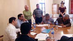 Se reúne el administrador general del SAT con ciudadanos de Ojinaga   El Puntero