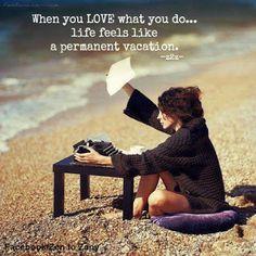 a26587d87843191286732d29ffc35b70--permanent-vacation-character-inspiration.jpg