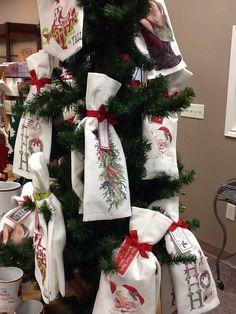 Mary Lake Thompson flour sack towels