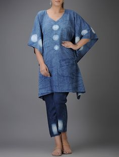 Buy Indigo-Ivory Shibori-dyed Cotton Kaftan Online at Jaypore.com