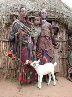 Oromo - Ethiopia African Life, African Culture, African Men, African Beauty, Ethiopian People, Ethiopian Tribes, Oromo People, Namaste, Horn Of Africa