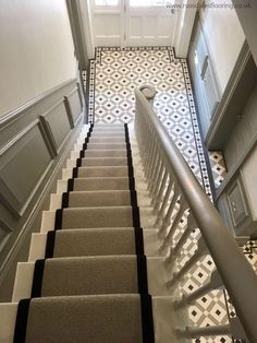 Best Cool Stair Runner Ideas to Add Safety to Your Stairs - Awesome Indoor & Outdoor Hall Tiles, Tiled Hallway, Modern Hallway, Grey Hallway, Hallway Closet, Carpet Stairs, House Stairs, Carpet Runner On Stairs, Edwardian Hallway