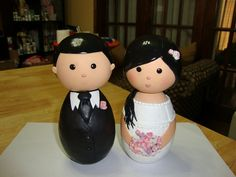 Love this polymer clay Cake Topper. Definitely considering doing something like this.