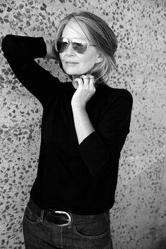 Mrs Robinson Management - LOU KENNY - Model agency for women & classic women