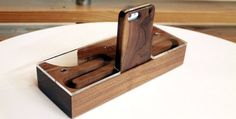 AudioBLOCK Wood Acoustic Amplifier for iPhone - Cherry