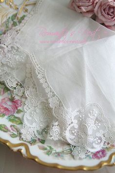 Beautiful Lace Hankies, | Hanky Panky | Pinterest)