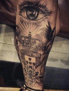 Portuguese crest !!! #tattoo #portuguese #eye #small #tattoos #crown
