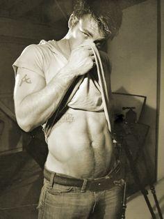 I'm obsessed! Chris Evans