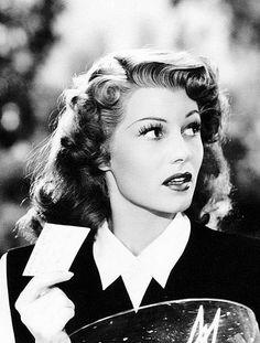 Vintage Pinups - Rita Hayworth
