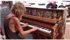 http://practicallyviral.com/homeless-marine-stuns-everyone-on-a-street-piano-this-is-pure-magic/?utm_source=LR&utm_medium=Social&utm_campaign=pianoman  #veteran #endhomelessness #deservessecondchance