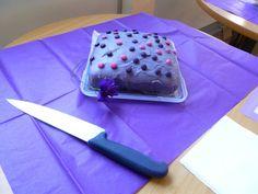 Looks so menacing.. run little cake run!! lol