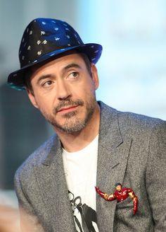 Robert Downey Jr (and a tiny Tony Stark) Loki, Robert Downey Jr., Bae, Dc Movies, Downey Junior, Jessica Jones, Tony Stark, Marvel Cinematic Universe, Marvel Avengers
