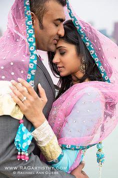 aaye so sweet pipnk duppatta lehnga suit bride groom punjabi wedding photography