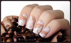 Nails: Pretty in Lace