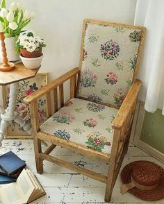**SOLD** It briefly brightened up so dashed up to the attic with the armchair to get pics. It's now for sale in the Etsy shop, link on profile, and also on our own separate website, go to www.lavenderhousevintage.co.uk #antiquechair #armchair #vintagefabric #fadedflorals #floralfabric #countryinteriors #cottagestyle #vintagehomedecor #shabbychicinteriors #shabbychicdecor #antiqueshop #vintageshop #antiquewebsite #vintagewebsite #onlineshop #lavenderhousevintage #etsyshop #EmmaAtLHV