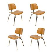 Set of Four Iconic Modernist Bentwood Chairs Designed by Eames for Herman Miller Cool Furniture, Furniture Design, Plywood Chair, Bentwood Chairs, Antique Chairs, Mid Century House, Mid Century Design, Dining Room Chairs, Modern Chairs