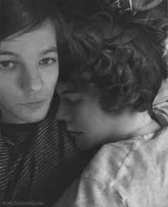 Niall E Harry, One Direction Harry, One Direction Humor, One Direction Pictures, Fanfic Larry Stylinson, Larry Shippers, Liam Payne, Desenhos One Direction, Foto One