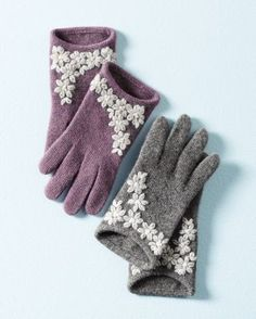The essence of 50s elegance, these ultra-feminine cashmere gloves are a chill-fighting holiday classic. From Portolano (a top Italian glove maker since 1895), these gloves envelop their wearer in softness, warmth, and timeless style.