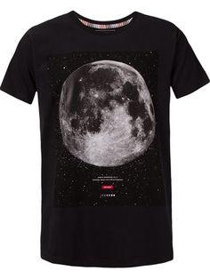 9c2dd92c5 Moda Masculina - Marcas de Luxo Online. Camisetas ...