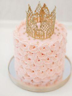 Princess cake. Pastel colours. Pink and gold cake. Girly cake. Girlie cake. Birthday party cake. Girls cake.