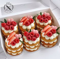 Baking Recipes, Cake Recipes, Dessert Recipes, Mini Cakes, Cupcake Cakes, Baking Cupcakes, Number Cakes, Cute Desserts, Cookie Desserts