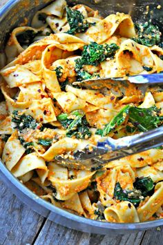 Vegan Spicy Kale and Romesco Pasta Rabbit and Wolves : Quick sauteed garlicky, spicy kale. Tossed together with pasta. This vegan spicy kale and romesco pasta is the perfect healthy meal! Veggie Recipes, Gourmet Recipes, Pasta Recipes, Whole Food Recipes, Dinner Recipes, Cooking Recipes, Thai Recipes, Cooking Tips, Vegan Vegetarian
