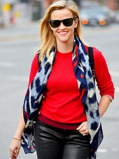 Star Tracks: Tuesday, December 2, 2014 | COOL COLORS | Reese Witherspoon steps out on N.Y.C. on Monday to do some shopping in the East Village.