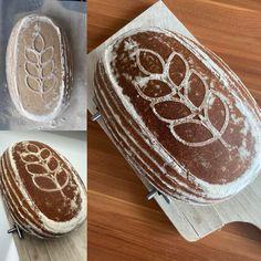 Často se mě ptáte na recept na kváskový chléb. Můj zatím nejoblíbenější je celožitná cihla sypaná slunečnicí. Ale dětem a manželovi nejvíce chutná PODMÁSLOVÝ CHLÉB. Chléb je krásně vláčný ještě několik dnů po upečení. Pochutná si na něm opravdu každý. Jaké výhody má kváskový chléb a proč mu dát přednost před klasickým chlebem vám píšu níže. Kefir, Bread, Food, Brot, Essen, Baking, Meals, Breads, Buns