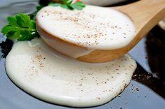 Béchamel sans beurre avec Thermomix, recette d'une sauce légère, sans matière grasse, pour agrémenter vos gratins et plats.
