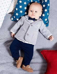 The foremost adorable pursuing newborn baby man outfit, come across all the necessary facts like pajamas, entire body fits, bibs, and more. Baby Boy Dress, Baby Boy Shoes, Baby Outfits, Baby Boy Fashion, Fashion Kids, Baby Wedding Outfit, Boys Winter Clothes, Childrens Shop, Kids Suits