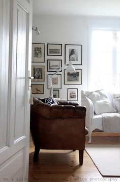 The Little Corner Style At Home, Living Room Decor, Living Spaces, Decor Inspiration, Little Corner, Cool Rooms, Interiores Design, Home And Living, Cottage Living