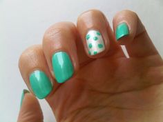 Misslyn Candy Mint and accent nail with Essie pearly white: http://penguinlacquer.blogspot.de/2014/06/pfefferminz-bonbon.html #nails
