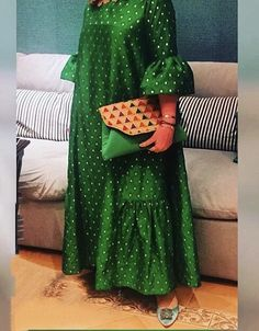 traditional Long African Dresses, Latest African Fashion Dresses, African Print Fashion, Modest Fashion, Fashion Outfits, Maternity Dress Outfits, Dresses For Pregnant Women, Arab Fashion, African Attire
