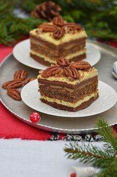 To idealne ciasto, które warto zrobić dni przed świętami, ponieważ potrzebuje czasu. Пляцок з горіхами No Bake Desserts, Dessert Recipes, Polish Recipes, Polish Food, Traditional Cakes, Pumpkin Cheesecake, Food To Make, Catering, Sweet Tooth