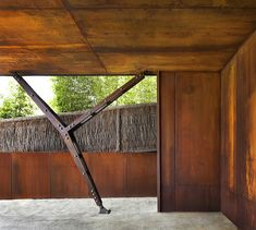 Image 5 of 17 from gallery of Pacific House / Casey Brown Architecture. Courtesy of Casey Brown Architecture Pergola, Composite Columns, Pacific Homes, Weathering Steel, Steel Columns, Steel Structure, Residential Architecture, Wood And Metal, Cladding