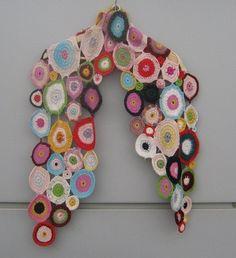 """Multicolored circles"" wrap ~ free crochet pattern {Marinasognaecrea}"
